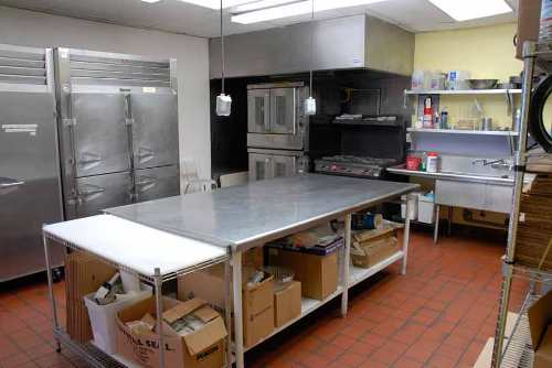 Commercial Kitchen Design For Starters: Spacious Design Commercial Kitchen