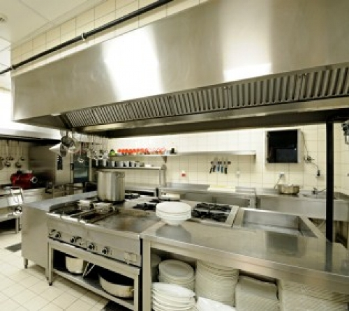 Commercial Kitchen Design For Starters: Stainless Steel Commercial Kitchen