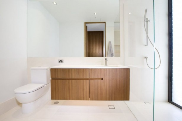 Dramatic Home Applied In Luxurious And Elegant Impression: Stunning Contemporary Albatross House Bathroom With Wooden Vanity ~ stevenwardhair.com Luxury Home Design Inspiration