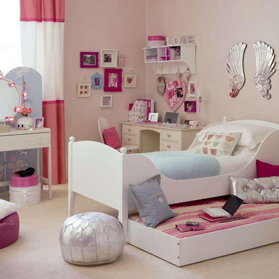 Little Girls Bedroom Ideas From Vintage To Kawaii: Stunning Minimalist White Pink Little Girls Bedroom Ideas