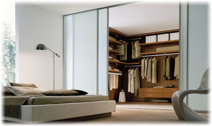 Walk In Wardrobe Designs For Well Organized Clothing : Stunning Modern Style Sliding Door Walk In Wardrobe Designs