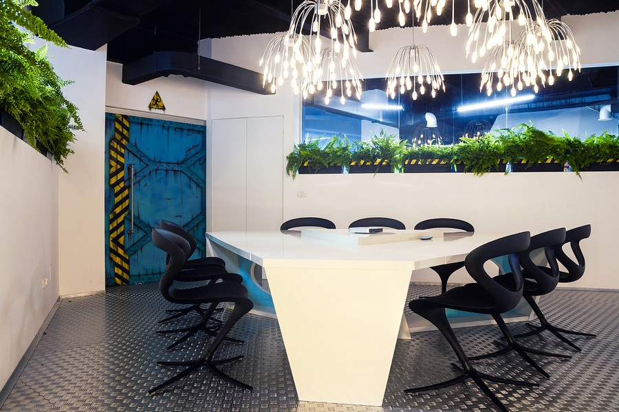 Wonderful Modern Office Design With White Pipes Exposed : Stylish Lighting For The Futuristic Office With Modern Chandelier Lighting Design Ideas