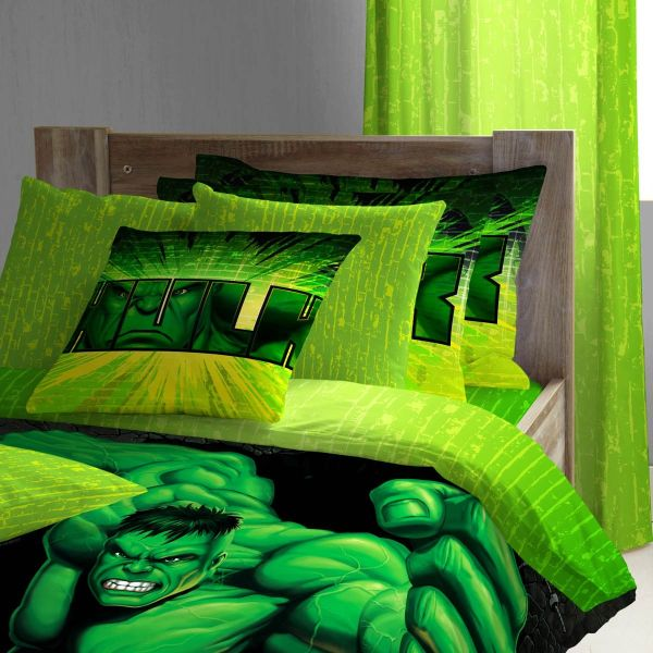 Attractive Superhero Bedding For A Lively Room: Superhero Sheeting For Kids Who Love The Incredible Hulk