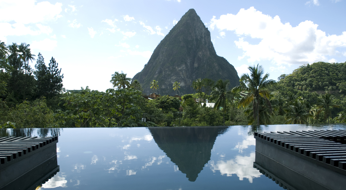 True Enjoyment In Excellent Hotels With Infinity Pools: The Infinity Pool At The Hotel Chocolat