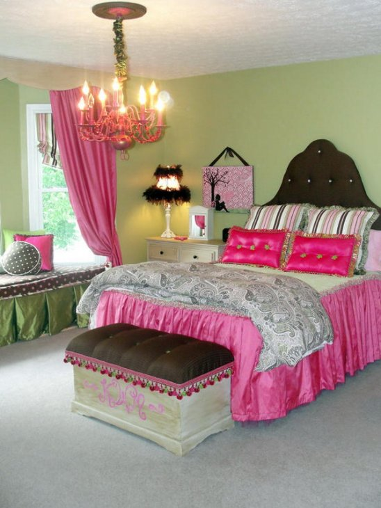 Cute Tween Girl Bedroom Ideas With Lively Color Scheme : Tween Bedroom Ideas For Girls