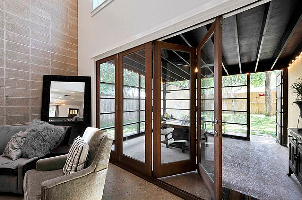 Enchanting Furniture Style To Furnish Sunroom Interior: Ultra Modrn Sunroom With Retractable Doors