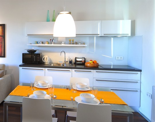 Very Small Kitchen Designs Tricks And Tips : Very Small White Kitchen Design Ideas
