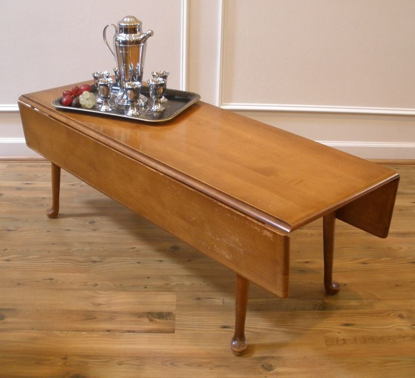 Beautify Your Home With Aesthetic Narrow Coffee Table: Vintage American Maple Country Style Drop Leaf Coffee Table