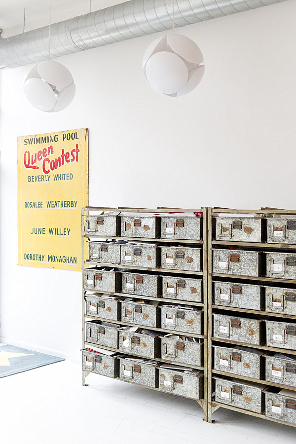 Stylist Home Office To Give Comfort For You: Vintage Organization Bins