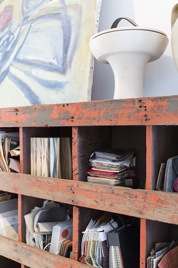 Stylist Home Office To Give Comfort For You : Vintage Shelving Help Organize In Style