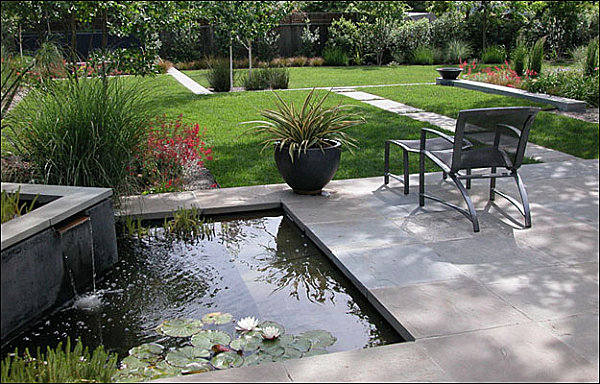 Great Modern Landscape Idea Comes With The Amazing Scenery: Water Feature In A Modern Yard