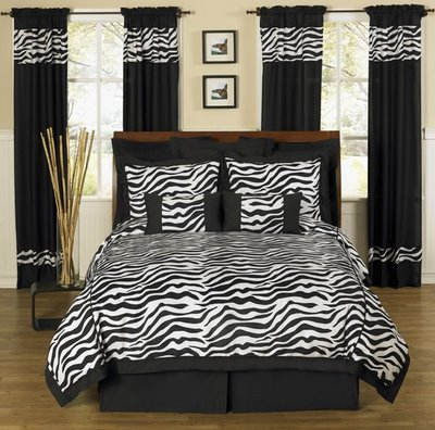 Interesting Zebra Room Accessories For Nice Decoration: White And Black Zebra Bedroom Decor
