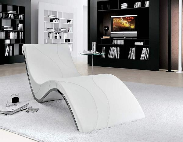 Elegant Interior With Everlasting Chaise Lounge Chair : White Contemporary Chaise Lounge Takes Centerstage