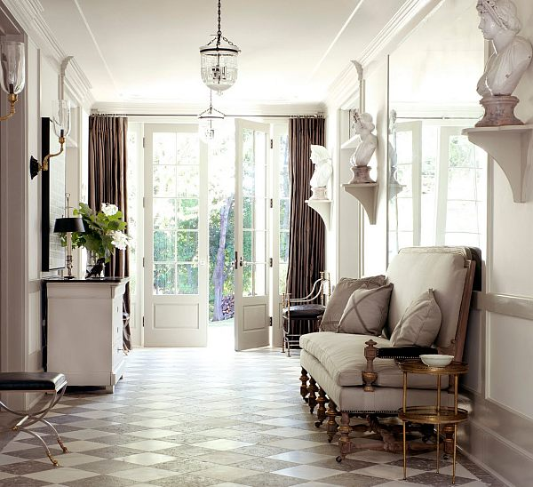 Most Unforgettable Spaces To Adorn In You Home: White Inspiring Entryway