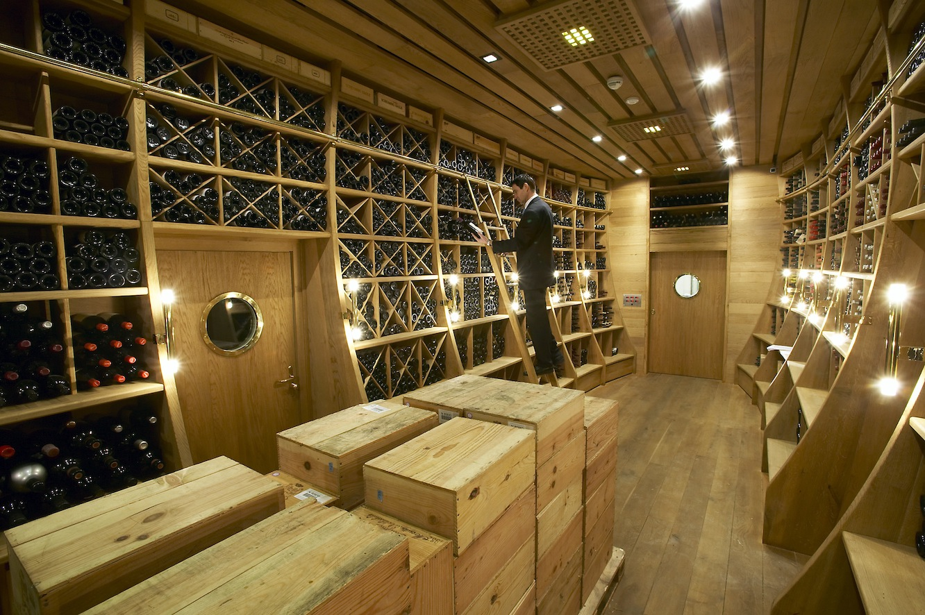 Unique Wine Cellar Designs Inside Your House : Wine Cellar In Luxurious Hotel