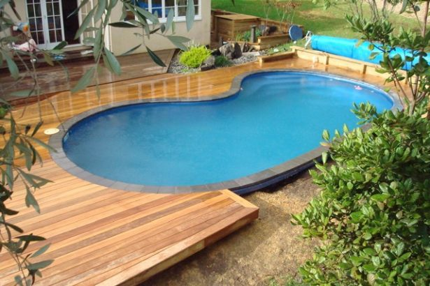 Wooden Deck Small Swimming Pool Design