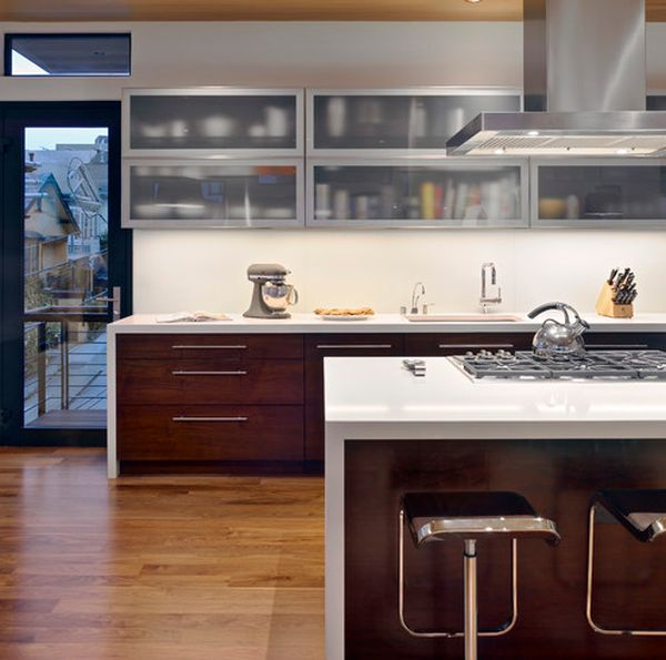 Sparkling Kitchen Cabinet Designs With Glass Doors : Wooden Lower Cabinets And Frosted Glass Upper Cabinets Bring In A Perfect Contrast