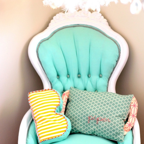 12 Inspiring DIY Chair Upholstery Ideas : Cheap Green DIY Upholstered Chair For Your Home Decor
