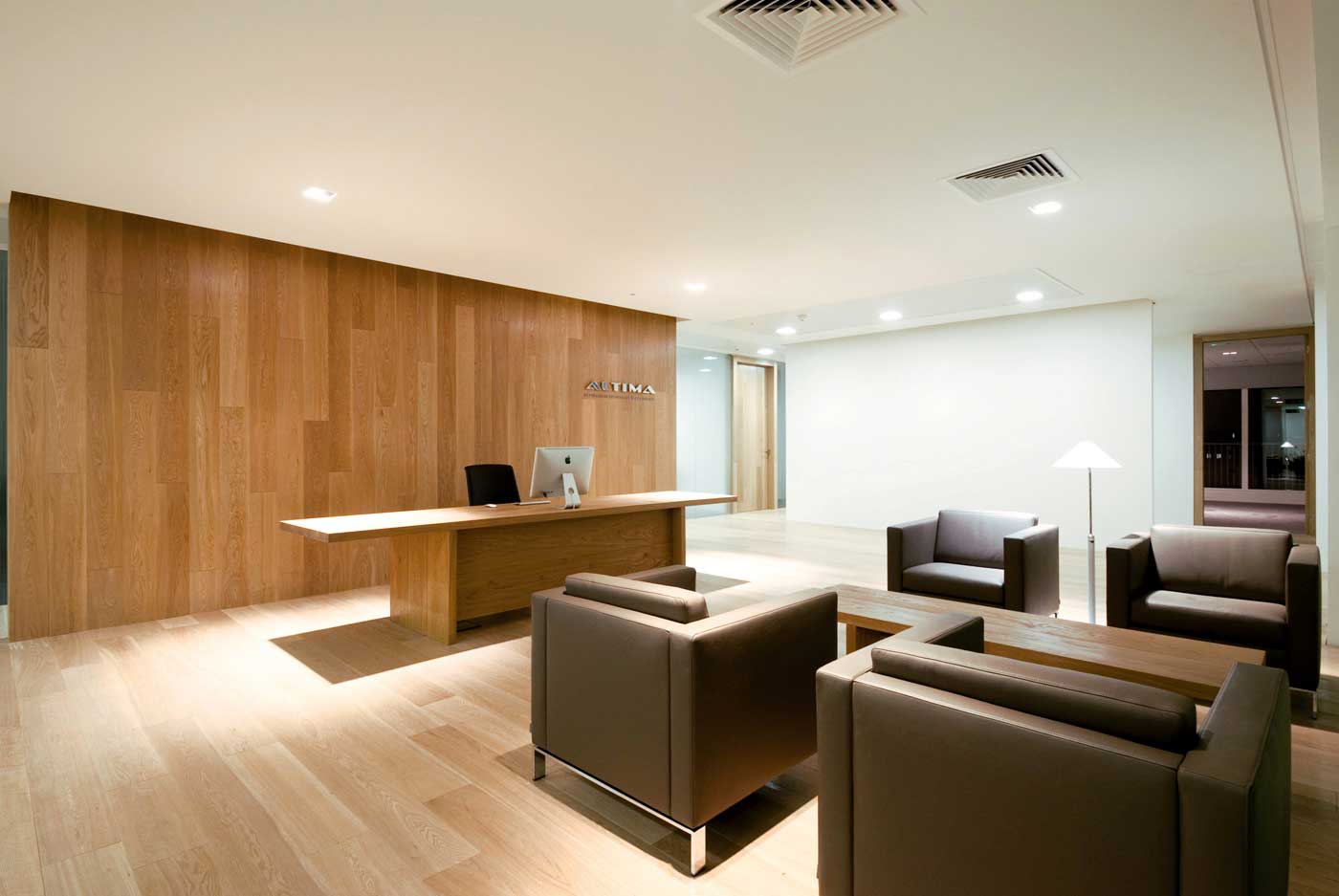 Pleasant Minimalist Office Means Valuable Assets For The Company: Waiting Room Design Ideas 2014 Paramount Minimalist Office Design